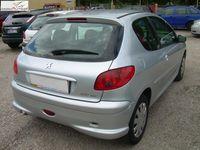 używany Peugeot 206 1.4 2006r. ABS ręczna klima.