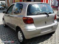 używany Toyota Yaris 1.4dm 2003r. 148 000km