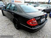 używany Mercedes E320 3.2dm 225KM 2005r. 267 000km