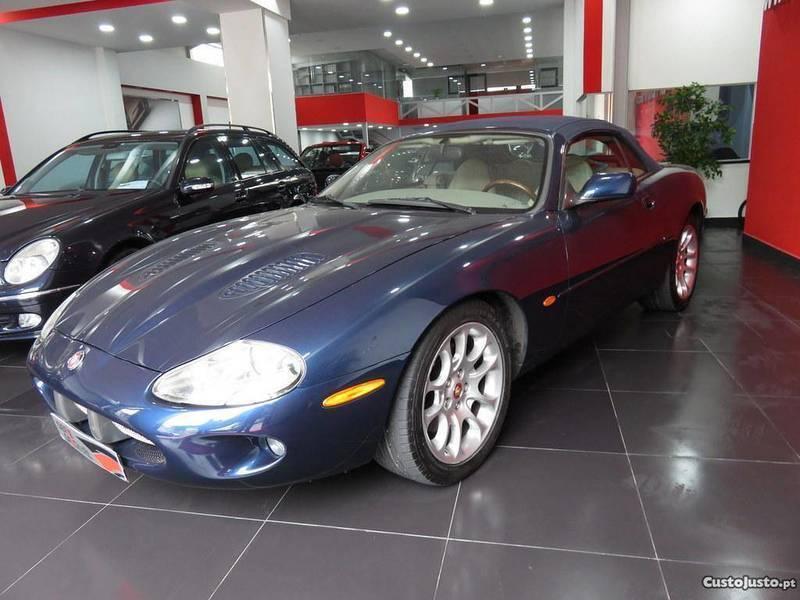 sold jaguar xkr 4 0 cabrio 363 cv carros usados para venda. Black Bedroom Furniture Sets. Home Design Ideas
