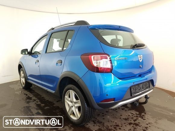 sold dacia sandero 1 5 dci stepway carros usados para venda. Black Bedroom Furniture Sets. Home Design Ideas