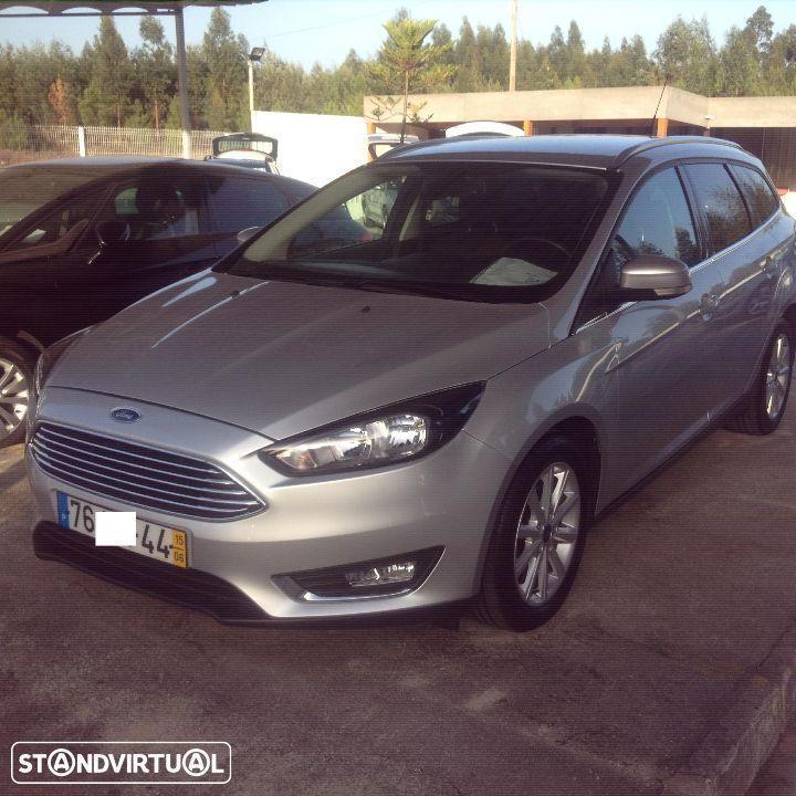 sold ford focus sw 120cv titanium carros usados para venda. Black Bedroom Furniture Sets. Home Design Ideas