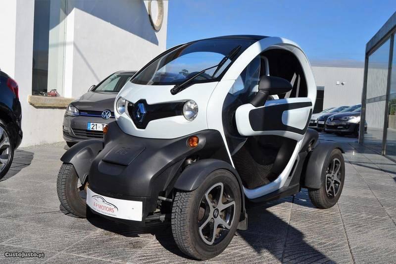 sold renault twizy 80 technic 12 carros usados para venda. Black Bedroom Furniture Sets. Home Design Ideas
