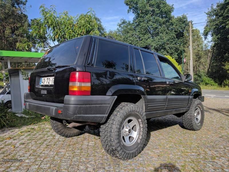 Usado Jeep Grand Cherokee 2.5 TD Laredo   97