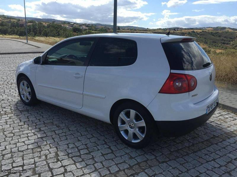 sold vw golf 1 9 tdi 105 cv 08 carros usados para venda. Black Bedroom Furniture Sets. Home Design Ideas