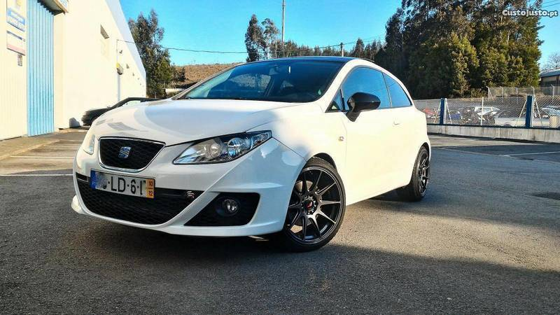 sold seat ibiza sc 6j fr 2 0 tdi carros usados para venda. Black Bedroom Furniture Sets. Home Design Ideas
