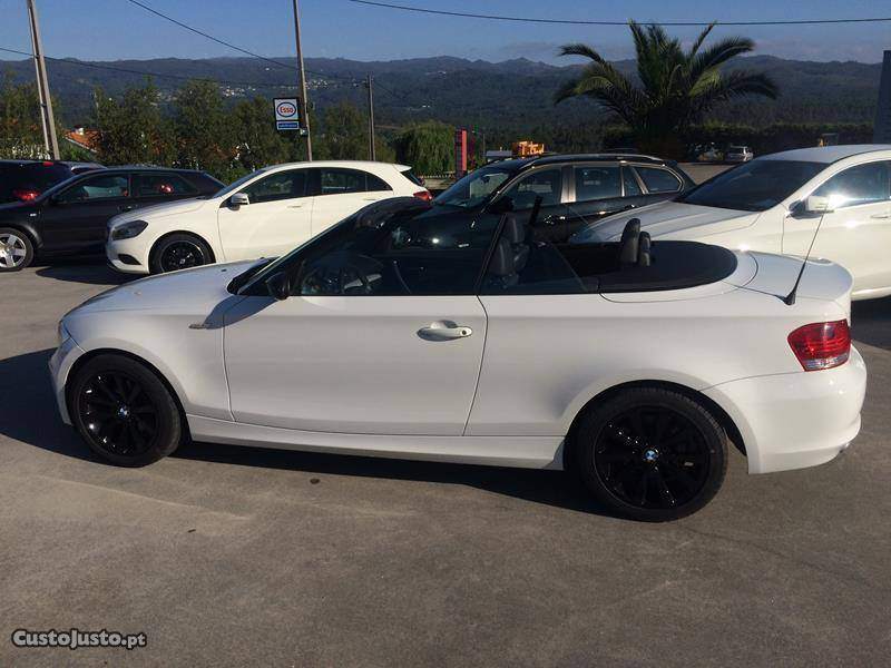 sold bmw 120 cabriolet 09 carros usados para venda autouncle. Black Bedroom Furniture Sets. Home Design Ideas