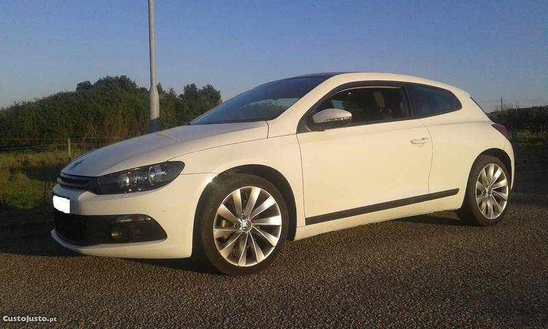 vw scirocco 2 0 tdi sport carros usados para venda autouncle. Black Bedroom Furniture Sets. Home Design Ideas