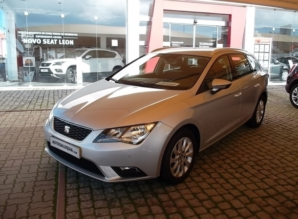sold seat leon st 1 6 tdi style 1 carros usados para venda. Black Bedroom Furniture Sets. Home Design Ideas
