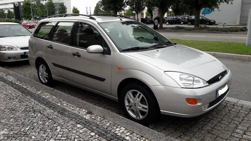 sold ford focus 1 6 f2000 carros usados para venda autouncle. Black Bedroom Furniture Sets. Home Design Ideas