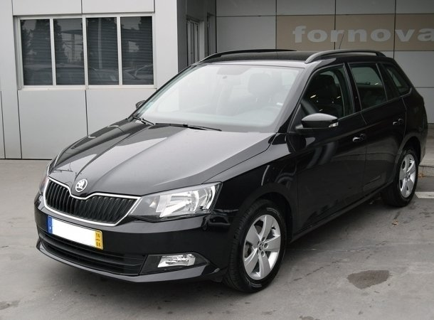 sold skoda fabia break 1 0 mpi amb carros usados para venda. Black Bedroom Furniture Sets. Home Design Ideas