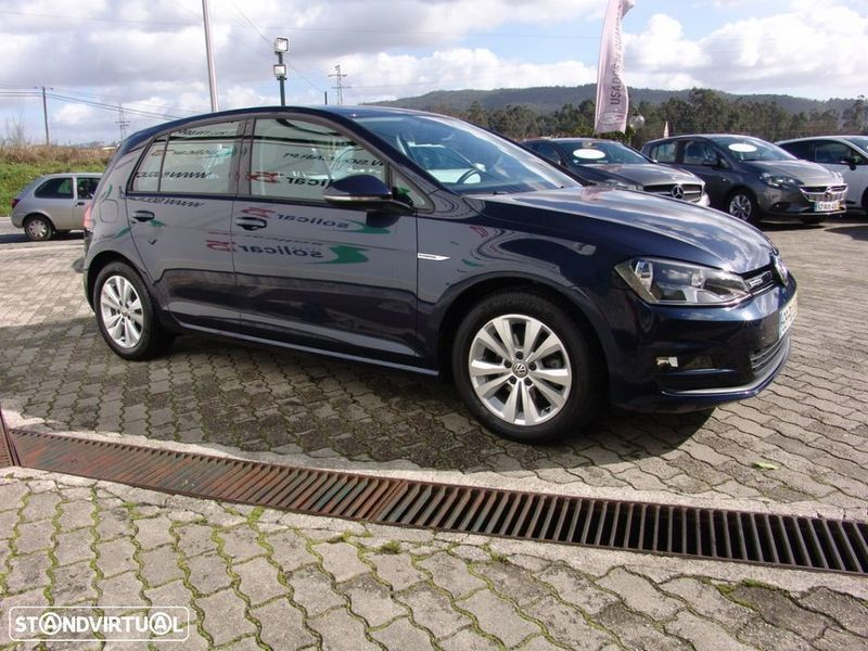 sold vw golf vii diesel vii 1 6 td carros usados para venda. Black Bedroom Furniture Sets. Home Design Ideas
