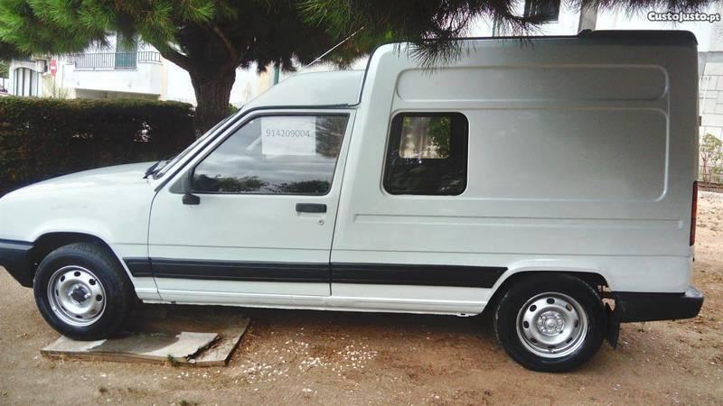 renault express diesel 91 carros usados para venda autouncle. Black Bedroom Furniture Sets. Home Design Ideas