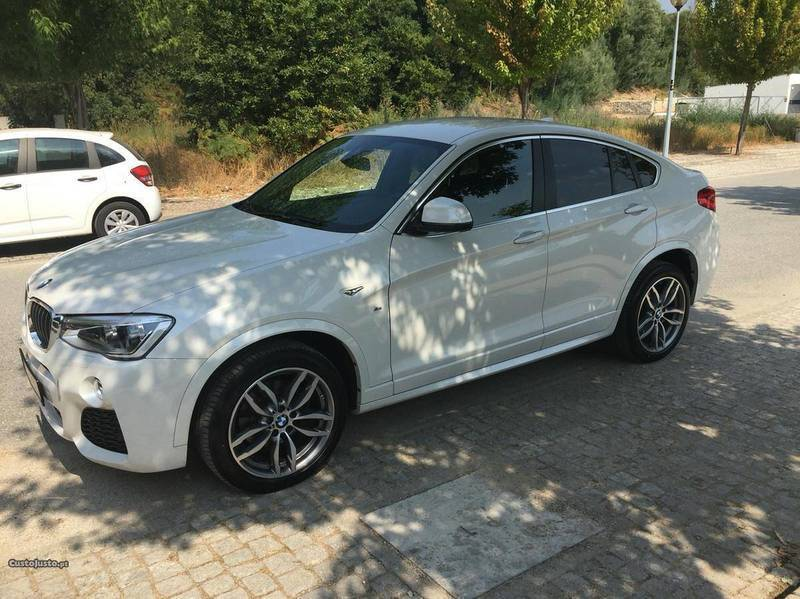 sold bmw x6 2 0d pack m 190cv 15 carros usados para venda. Black Bedroom Furniture Sets. Home Design Ideas