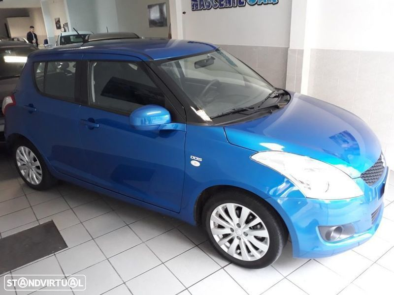 sold suzuki swift 1 3 ddis sport g carros usados para venda. Black Bedroom Furniture Sets. Home Design Ideas