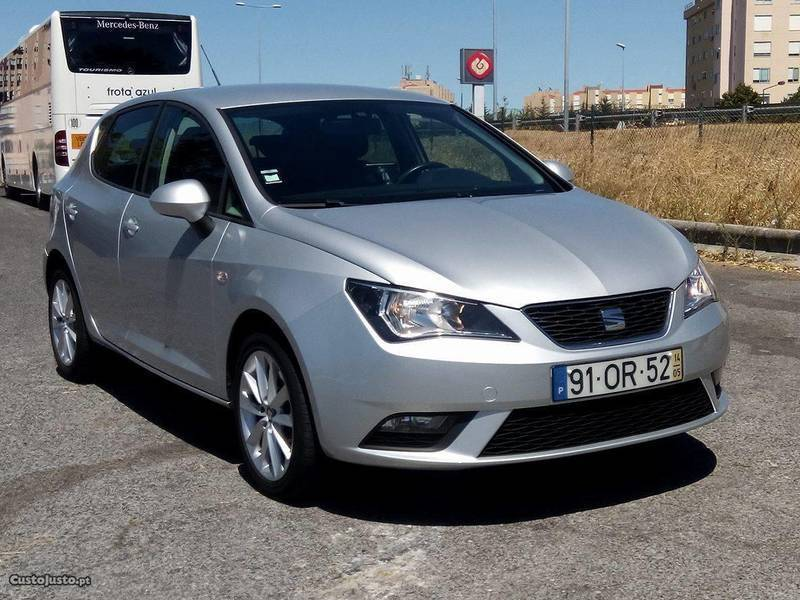 seat ibiza 1 6 tdi 90cv cr 5 carros usados para venda autouncle. Black Bedroom Furniture Sets. Home Design Ideas