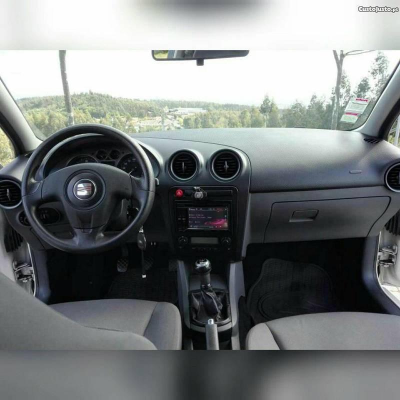 Sold Seat Ibiza 6L 90cv - 06 - Carros usados para venda - AutoUncle