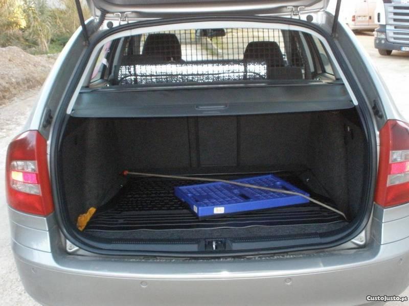 sold skoda octavia 2 0 tdi 4x4 140 carros usados para venda. Black Bedroom Furniture Sets. Home Design Ideas
