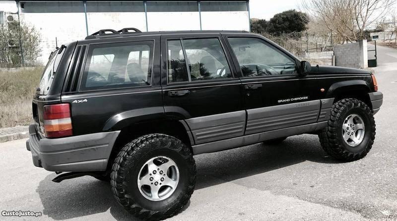 sold jeep grand cherokee laredo carros usados para venda. Black Bedroom Furniture Sets. Home Design Ideas