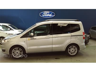 sold ford tourneo courier 1 0 ecob carros usados para venda. Black Bedroom Furniture Sets. Home Design Ideas