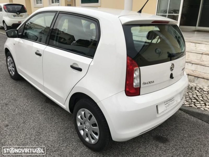 sold skoda citigo 1 0 ambition gre carros usados para venda. Black Bedroom Furniture Sets. Home Design Ideas