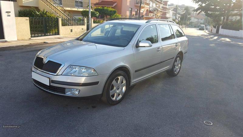 sold skoda octavia 1 9 tdi 105 cv carros usados para venda. Black Bedroom Furniture Sets. Home Design Ideas