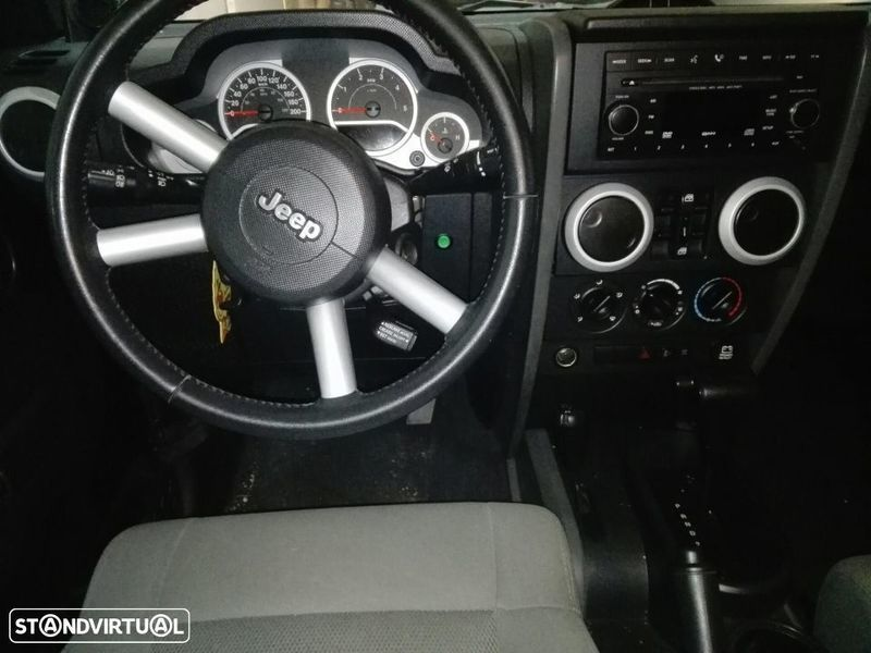 1/4 Usado Jeep Wrangler Sport Unlimited