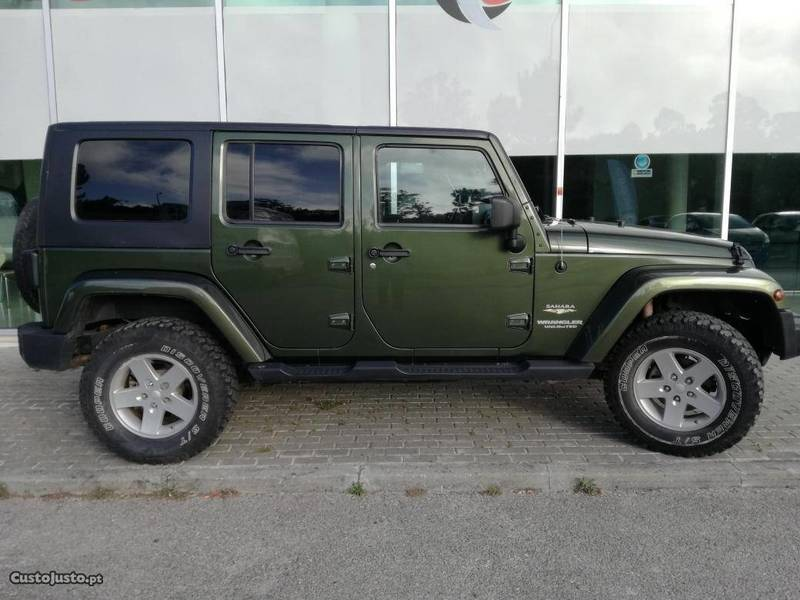 Usado Jeep Wrangler Sahara Unlimited   09