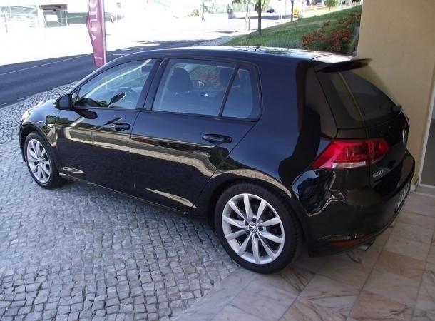 sold vw golf vii 2 0 tdi highline carros usados para venda. Black Bedroom Furniture Sets. Home Design Ideas