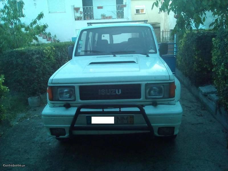 Usado Isuzu Trooper 2.8 DI Turbo Diesel   90