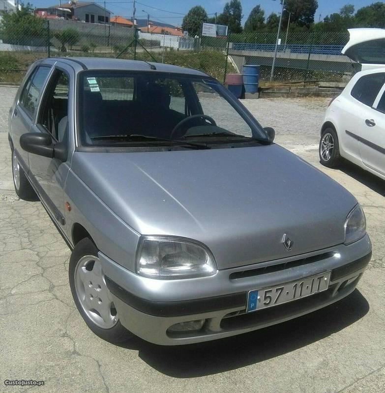 Sold Renault Clio Clio- 97