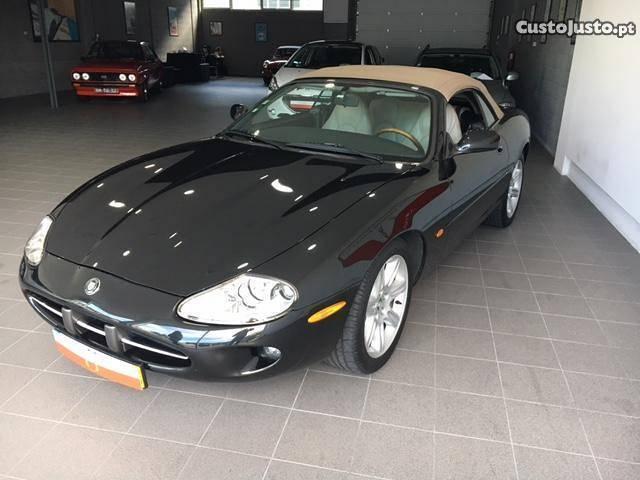 sold jaguar xk8 cabrio nacional carros usados para venda. Black Bedroom Furniture Sets. Home Design Ideas