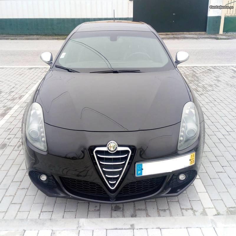 Usados 2011 Alfa Romeo Giulietta 1.7 Benzin 235 Cv (12.000