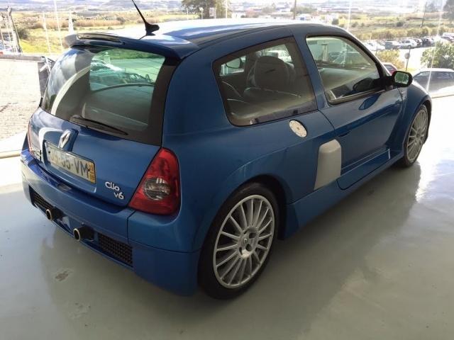 Sold Renault Clio 3 0 V6 Sport Carros Usados Para Venda