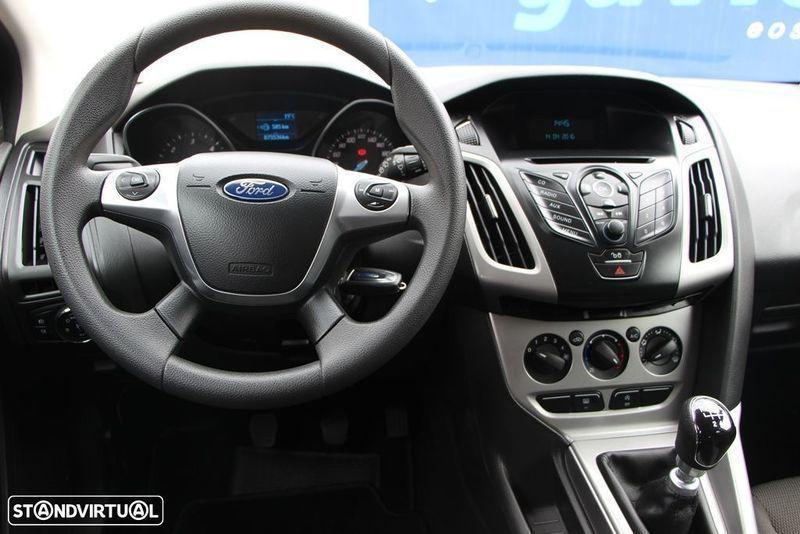 sold ford focus 1 6 tdci trend easy carros usados para venda. Black Bedroom Furniture Sets. Home Design Ideas