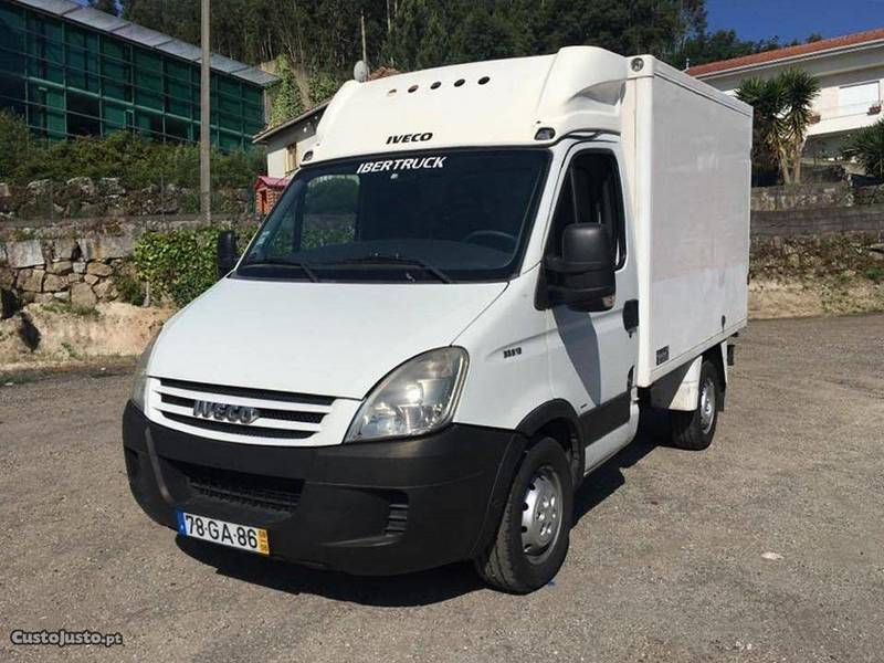 Sold iveco daily motor de frio 08 carros usados para venda for Espaillat motors vehiculos usados