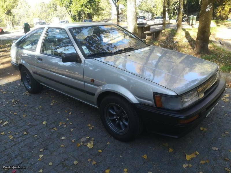 Sold Toyota Corolla Twin Cam 16v A