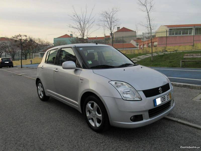 sold suzuki swift 1 3 ddis a c carros usados para venda. Black Bedroom Furniture Sets. Home Design Ideas