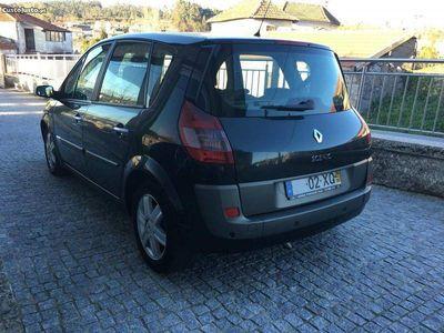 usado Renault Scénic 1.5 Dci 100 Cv - 04