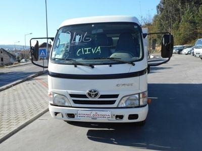 usado Toyota Dyna Cabine Tripla