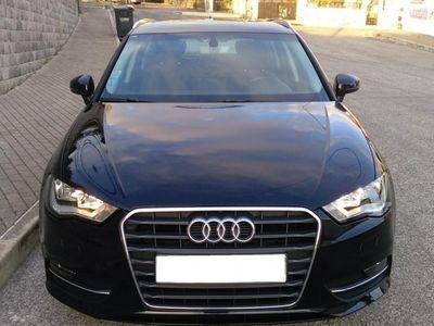 usado Audi A3 1.6 TDi B.Line Attraction