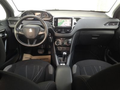 usado Peugeot 208 1.4 e-HDI Active 2-tronic (68cv) (5P)