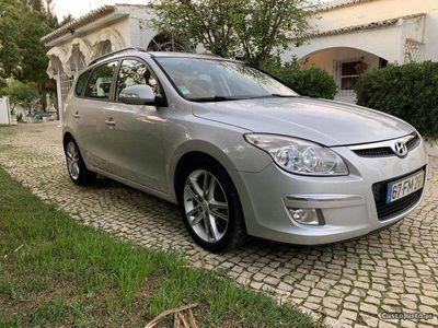gebraucht Hyundai i30 Style 1.6 CRDI 116CV