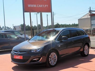 usado Opel Astra Sports Tourer 1.7 CDTi Cosmo S/S