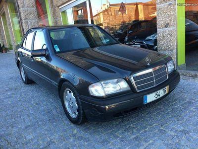 usado Mercedes C200 Diesel - 94
