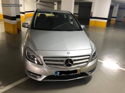 usado Mercedes B200 blue efficiency