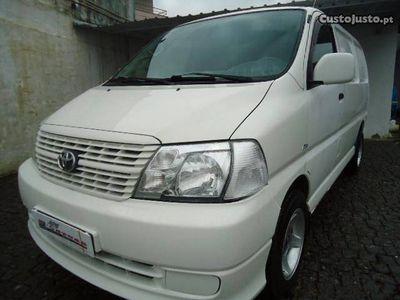 usado Toyota HiAce 2.5 D4D Fibrada
