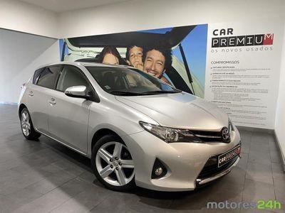 usado Toyota Auris 1.4 D-4D Active
