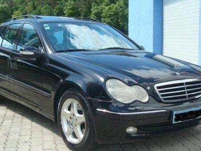 usado Mercedes C270 AVANTGARD