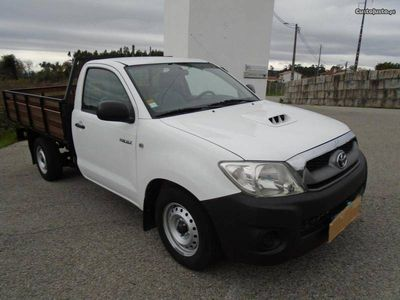 usado Toyota HiLux D4D 4x2 120cv IVA